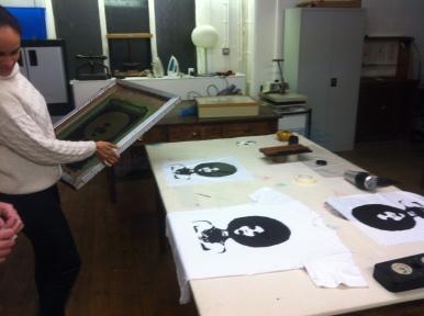 Screenprinting t-shirts