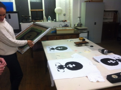 Screenprinting t-shirts